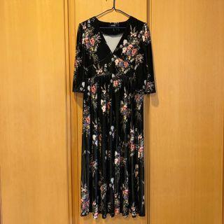 絨布印花質感長洋裝