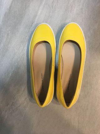 黃色平底鞋 娃娃鞋 休閒鞋 近全新