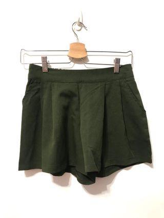 短褲-墨綠