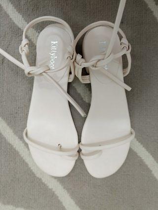 綁帶低跟涼鞋(36號)