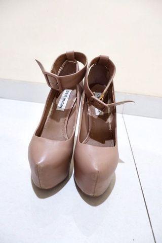 Steve Madden stiletto high heels