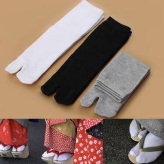 NEW Japanese Split Two Toe Flip Unisex Geta Sock Fashion Men Women