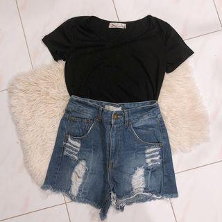 T-shirt & denim shorts