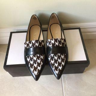 Nine West Leather Slip-on Shoes (Size 6)