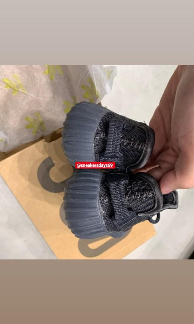 Adidas Yeezy 350 Boost V2 Black Non Reflective FOR KIDS BNIB PERFECT PAIRS