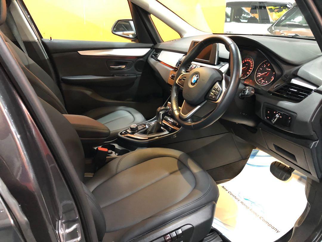 16 12月BMW 218i active tourer (F45)