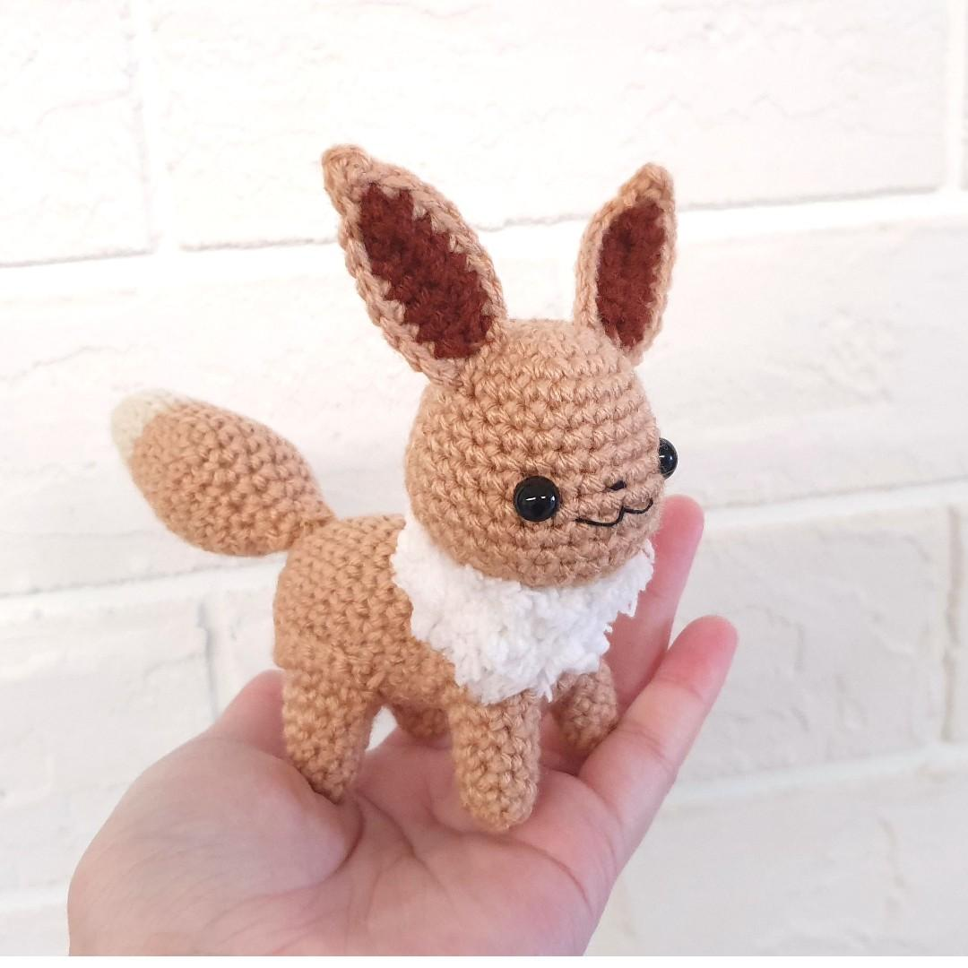 Baby Eevee (with pattern) by aphid777 on DeviantArt | 1080x1080