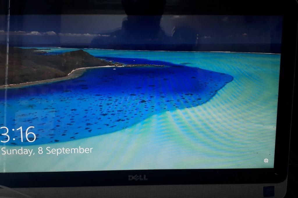 """Dell AIO Inspiron 3052 Desktop 19.5"""" Touch Screen"""