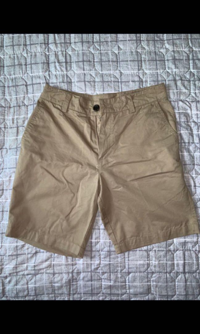 Men colored shorts