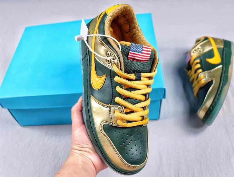 low priced 127dd 82cad Nike SB Dunk Pro Low Doernbecher