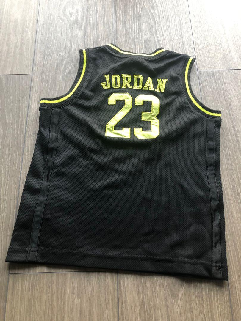 Pre loved Nike Jordan basketball jersey 6-7 years