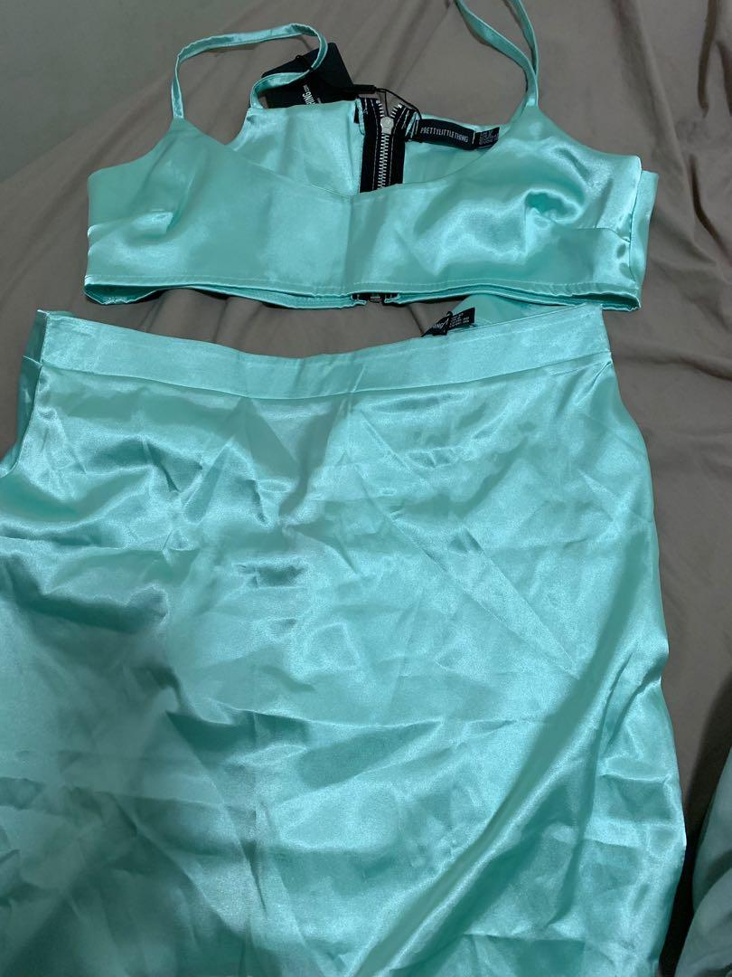 Pretty little thing Mint satin scoop neck top and skirt size 12
