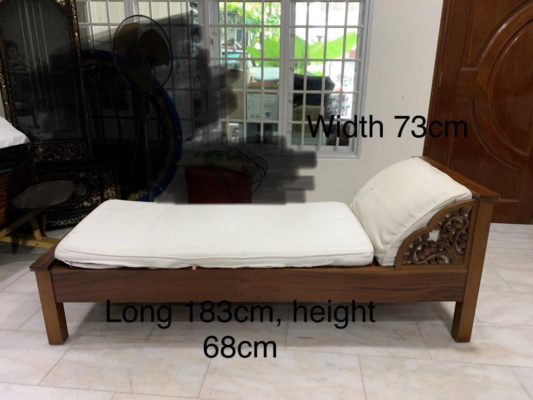 Solid wood day bed