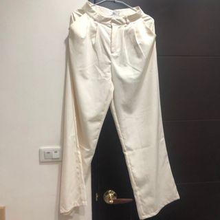 米白色寬褲