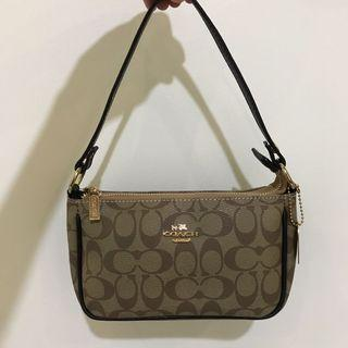9.9 sale! Coach Sling Bag