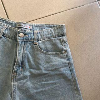 素面牛仔短褲(可議價)