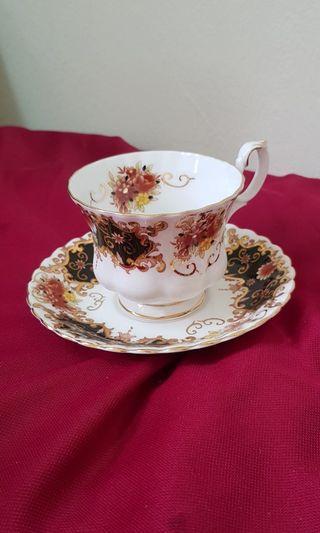 Royal Albert ' Heritage' Cup & Saucer