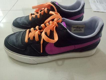 Nike sneakers (pink logo)