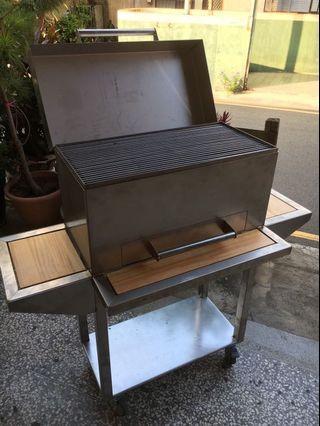 工業風烤肉架