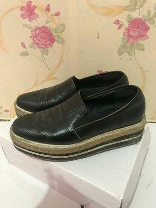 Shoes black bkk