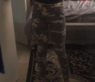 Camo skinny jeans (Limited edition from Gap)