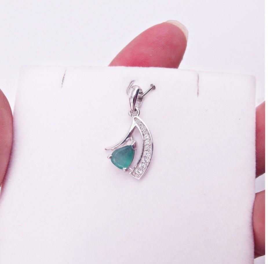 925 Sterling Silver Pendant GREEN EMERALD PLATED WHITE GOLD 925 STERLING PERAK ASLI IMPORT CASUAL LOKET NON NECKLACE