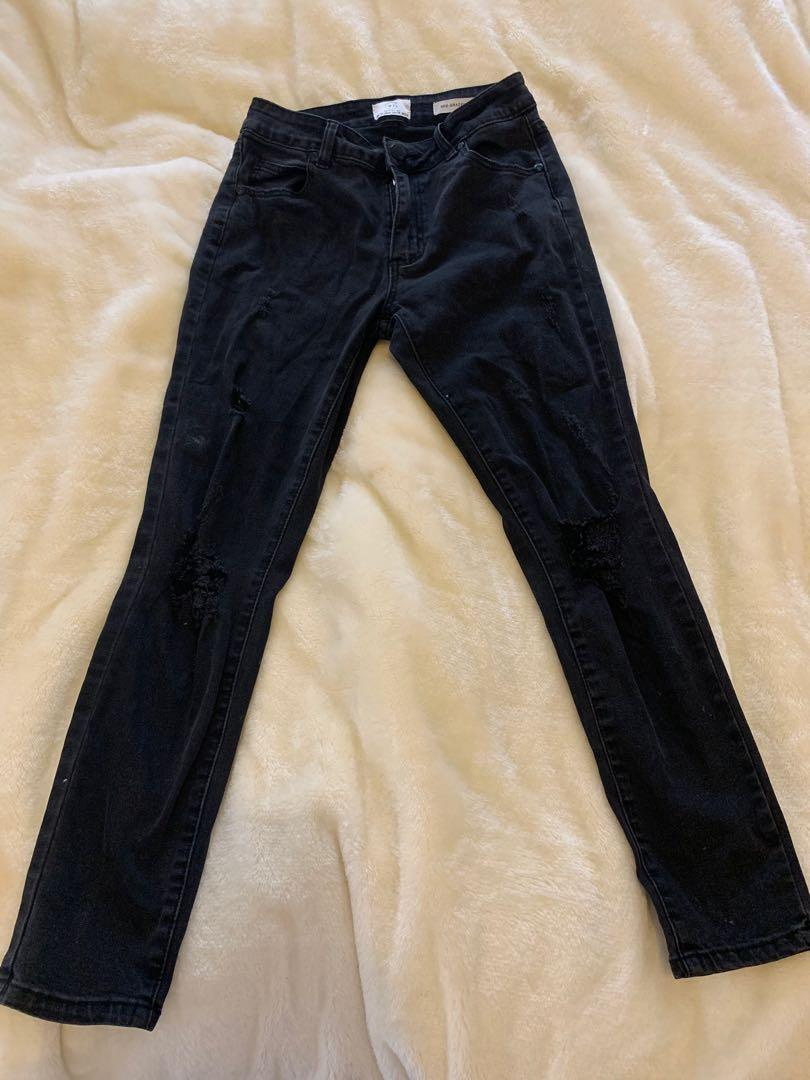 Brand New Cotton On mid rise skinny black jeans size 10