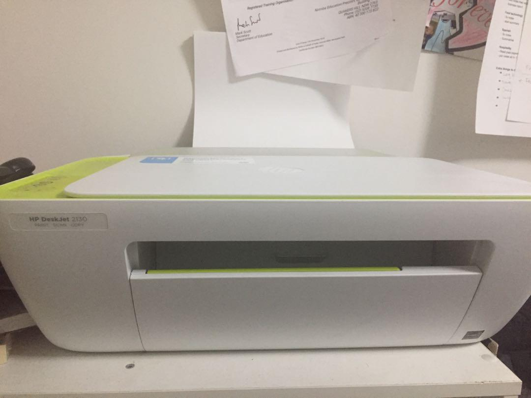 Barely Used!! HP DestJet 2130- Print Scan and Copy