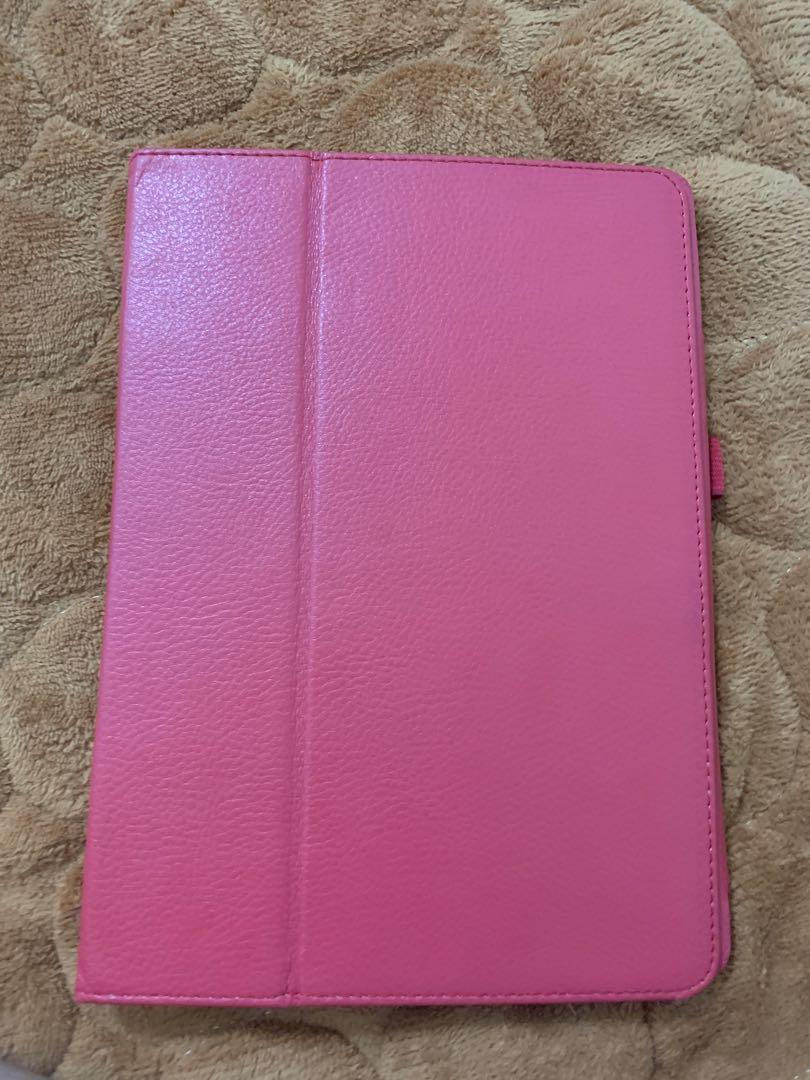 iPad 5th Generation 128gb Witb Case (Read Description)
