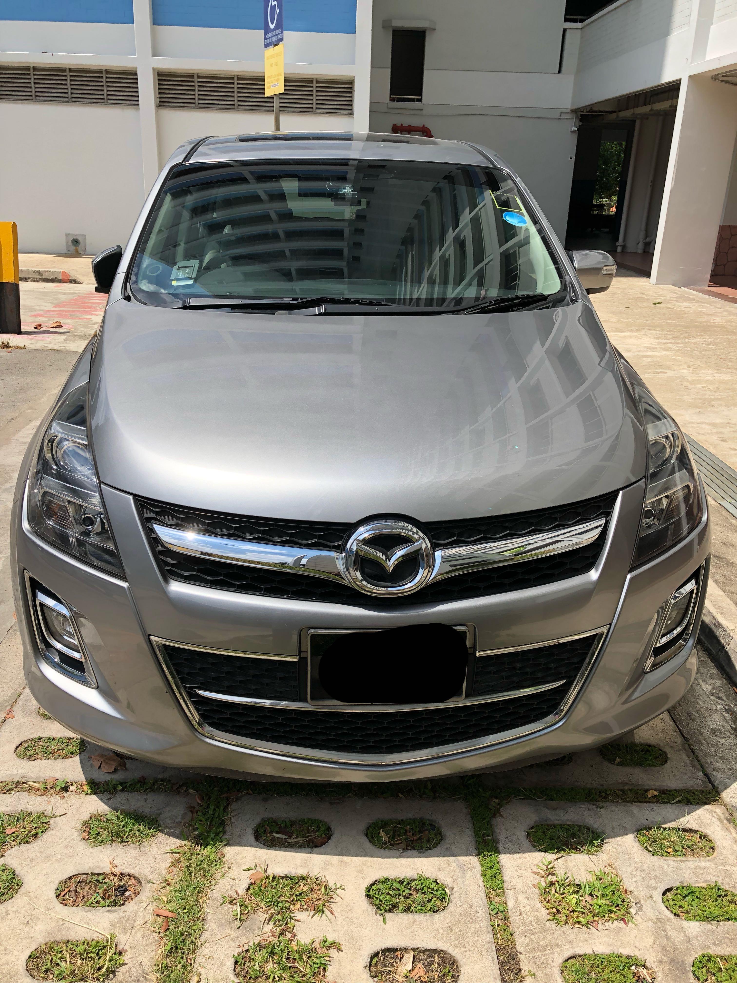 MPV Mazda 8 for rent !