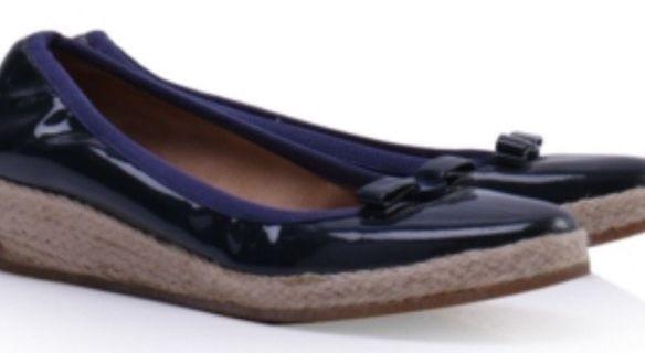 Authentic Salvatore Ferragamo blue shoe