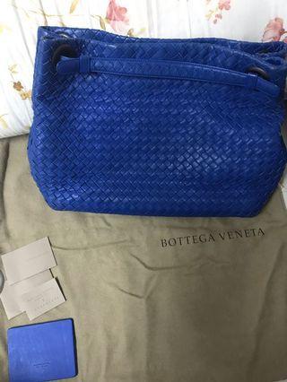 BV 手提肩背包
