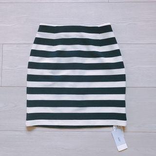 全新KBF黑白條紋合身窄裙