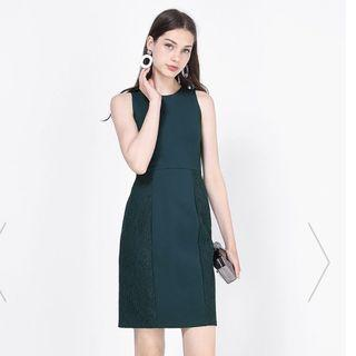 Fayth Dalphine Panel Lace Dress in Dark Forest Green