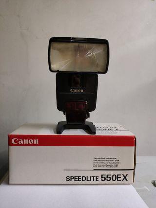 Canon 550EX Speedlite - Mint