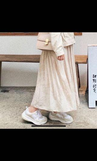 杏色雪紡半身裙