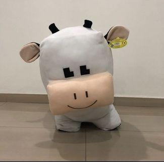 Giant cow plushie soft toy
