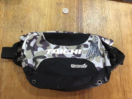 Waist bag waterproof