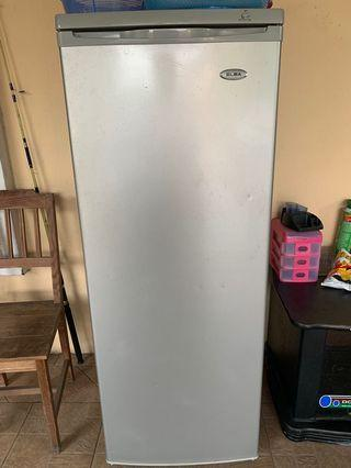 Elba 220l upright freezer