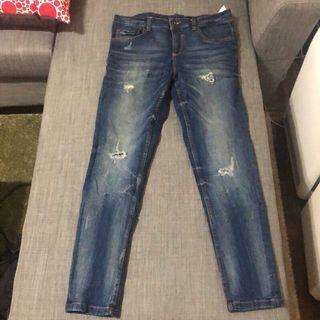 Zara 牛仔褲 景點 仿舊 刷舊 刷破 牛仔褲 長褲 直筒 小直筒 合身 時尚 潮流 二手