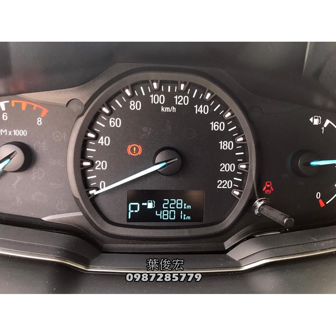 福特原廠認證中古車2017年Ford Escort 1.5四門入門款 里程五千 原廠認證保固