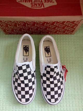 Sepatu Vans Slip on checkerboard