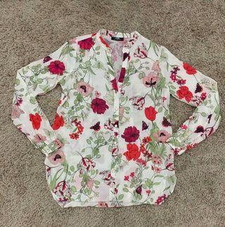 WALLIS WHITE RED FLOWER CHIFFON LONG SLEEVE SHIRT SIZE:S (RM15)