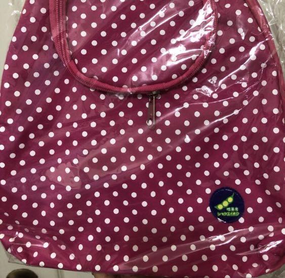 粉紅點點小背包