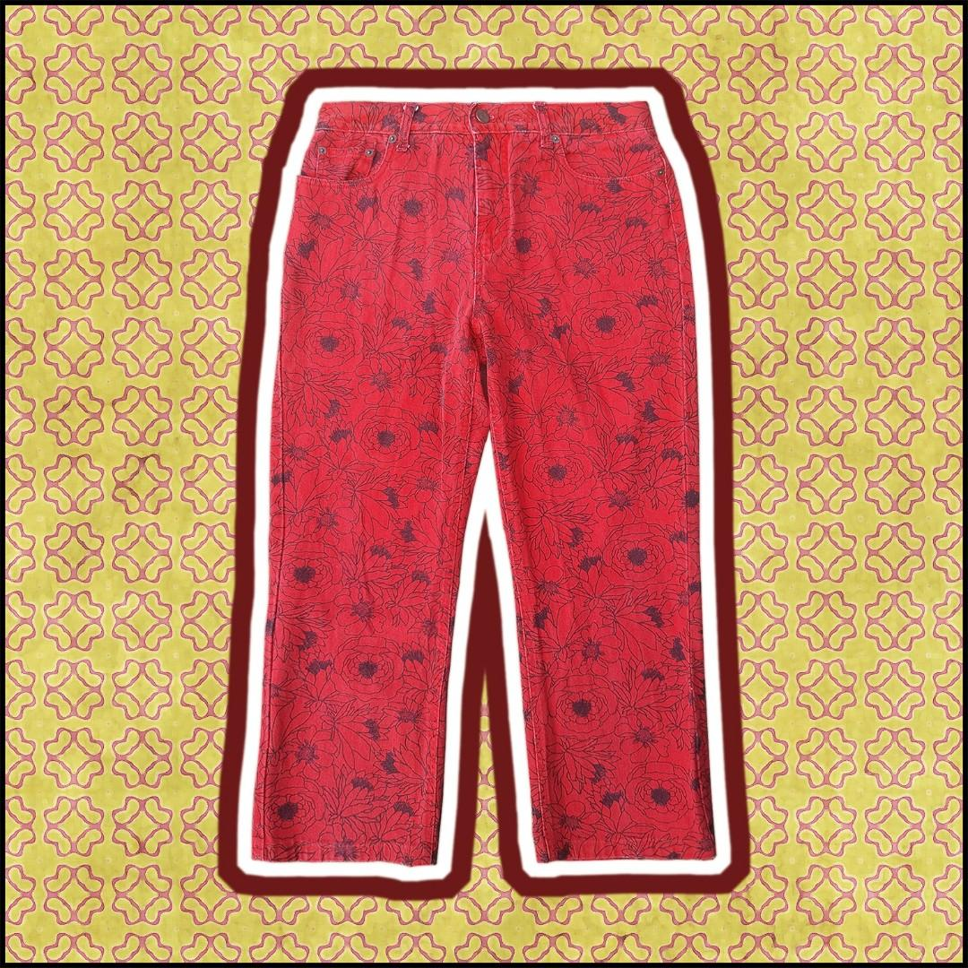 Bill Blass Jeans - Retro Floral Red High-Waisted Jeans