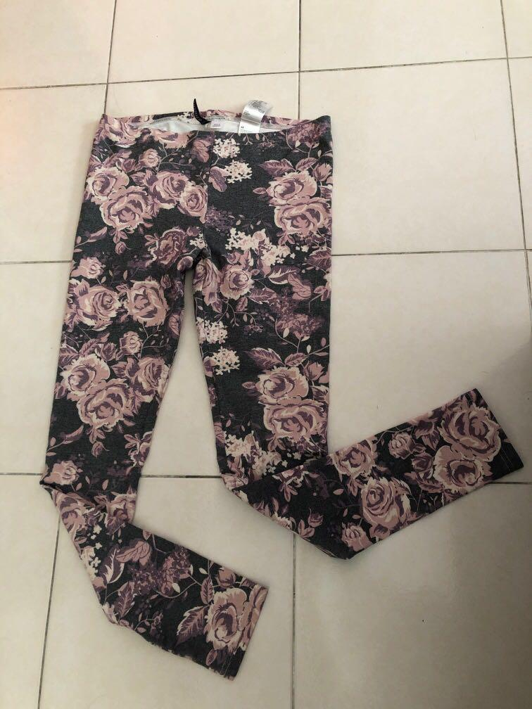 H&M sweet roses tights