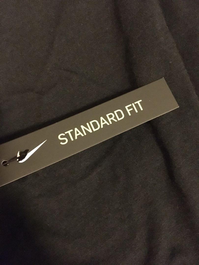 Nike BSKTball Men's Dryfit shirt 男子上衣,尺寸L