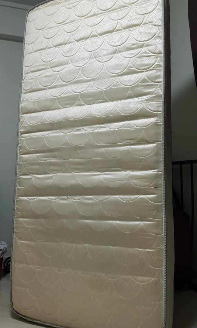 Single sized superfoam mattress