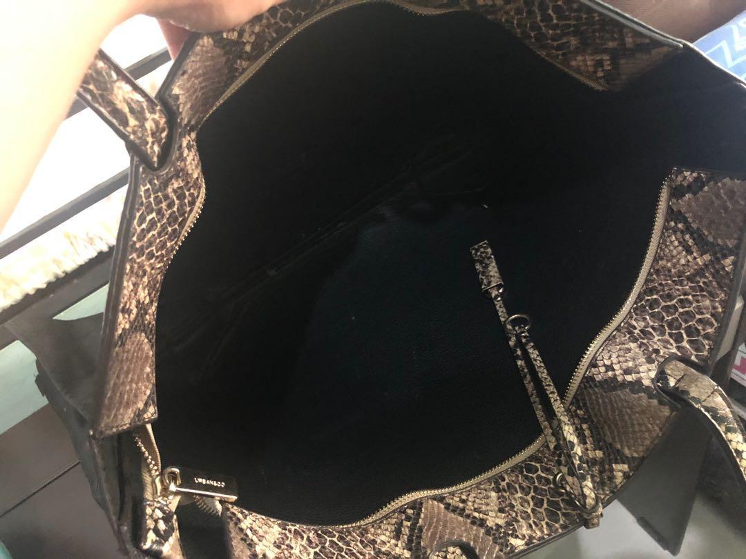 Tote Urban&Co Pyhton Leather Original  (with zipper) #visitsingapore