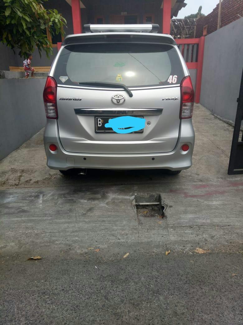 Toyota Avanza Veloz 2015 Silver bukan Mobilio Ertiga Expander
